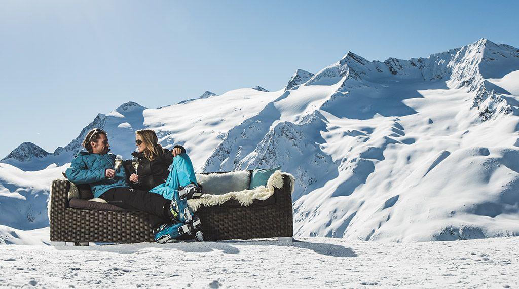Champagnerlaune auf der Skipiste - © Ötztal Tourismus/Christoph Schöch - Obergurgl-Hochgurgl Tirol