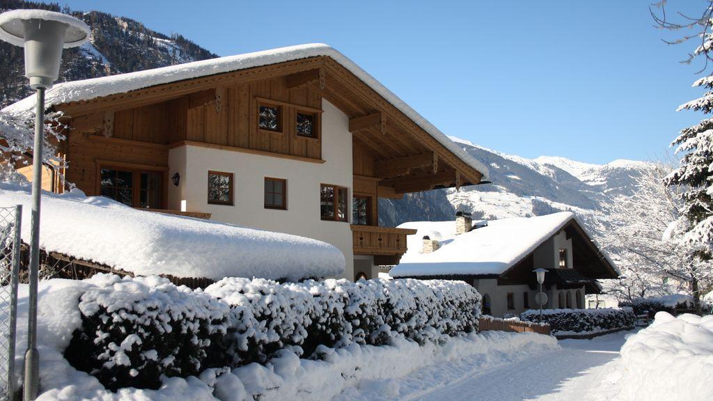 Wanderweg am Haus - Alpenresidenc Vronis Waldhaus Mayrhofen