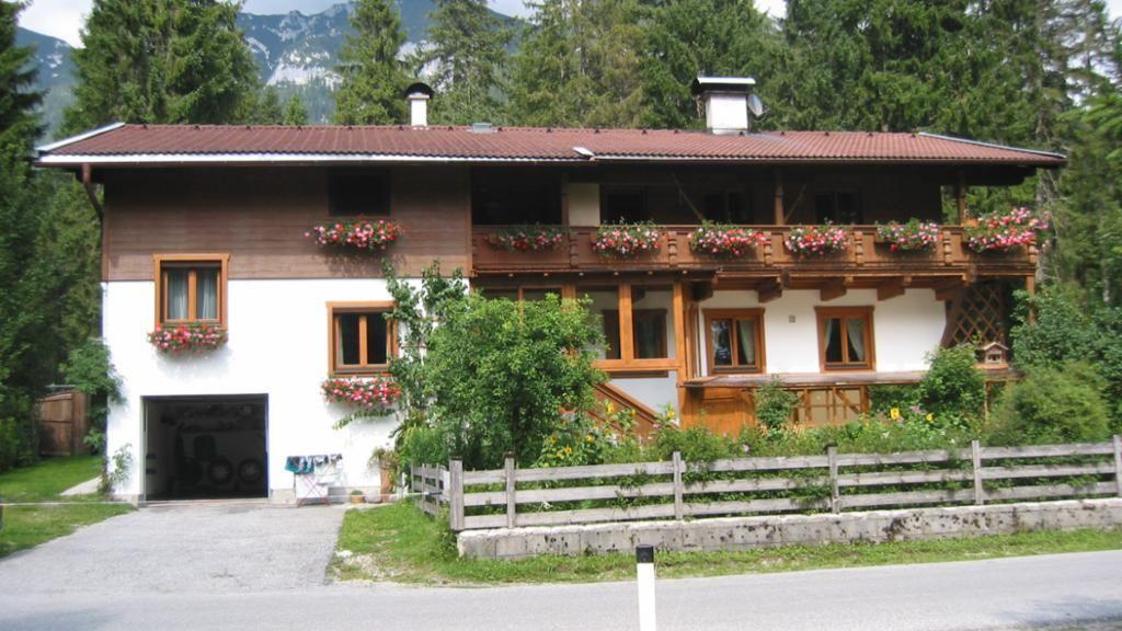 """Ferienwohnungen Haus """"Abendstein"""" Steinberg am Rofan"""
