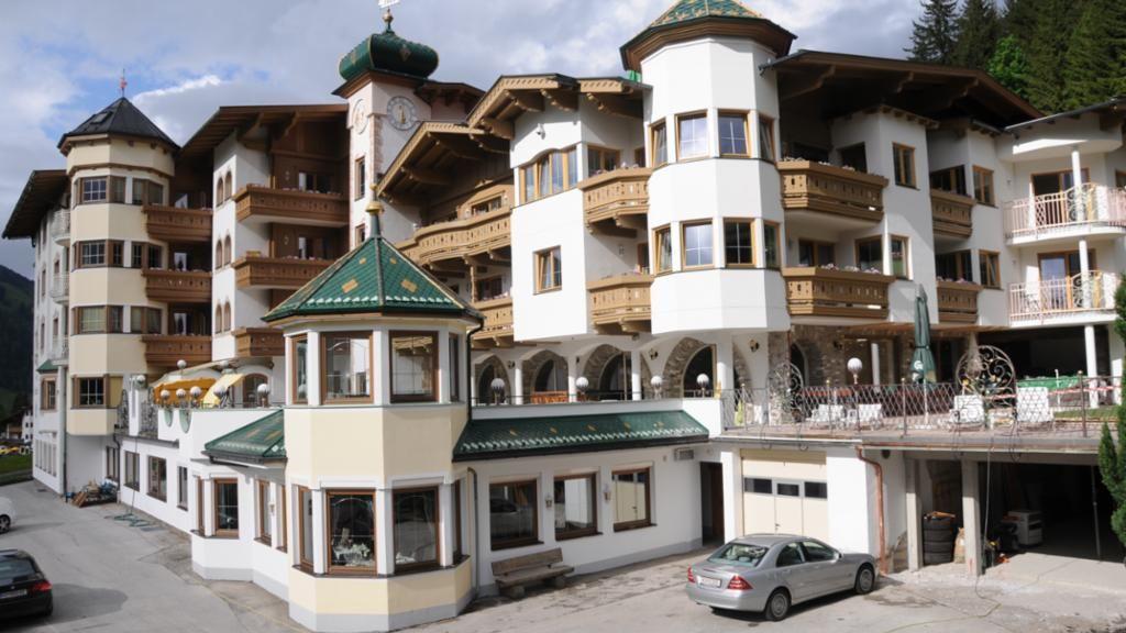 außenbereich neu - Panoramahotel Silberberger Wildschoenau