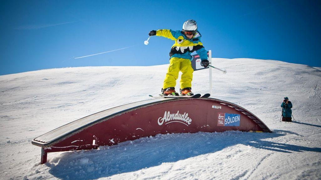 Sohn Matteo im Skigebiet Giggijoch - Alpin Appartement Maurer Laengenfeld