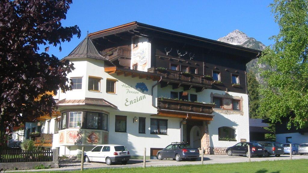 Hotel Pension Enzian Pertisau am Achensee