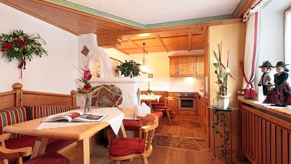 Wohnzimmer Gästehaus Schroll Zillertal - Gaestehaus Schroll Ried im Zillertal