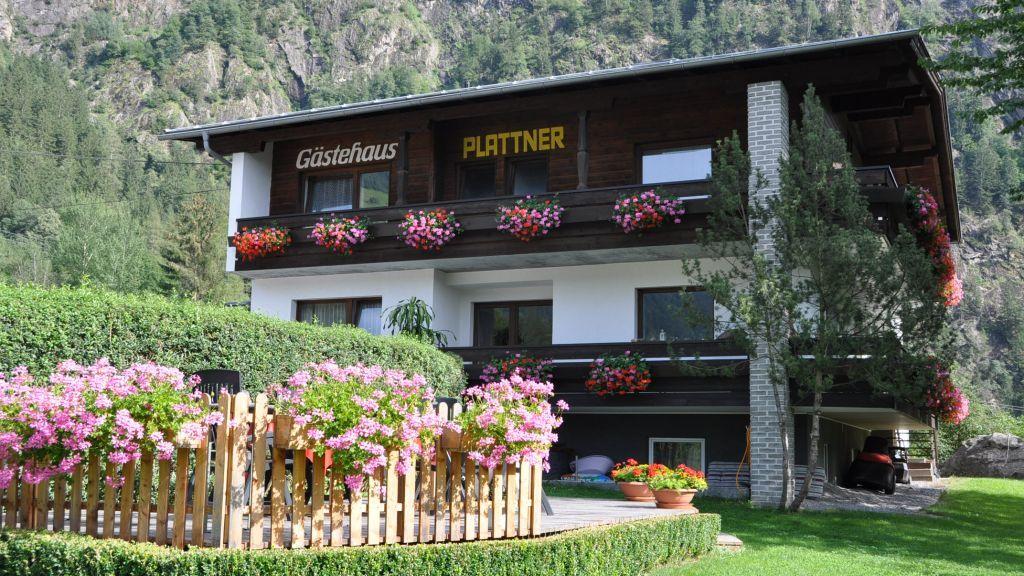 Haus mit Garten - Howdys Ferienhaus Oetz Oetz