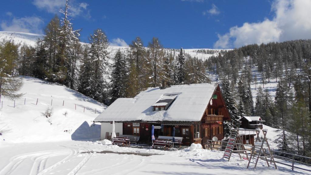 im Winter halten wir Winterschlaf - Alpengasthof Geigerhuette Arriach