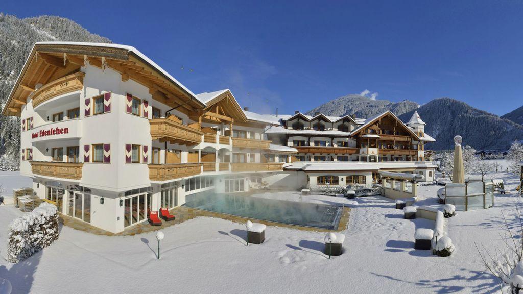 Hotel Edenlehen Outside View Winter