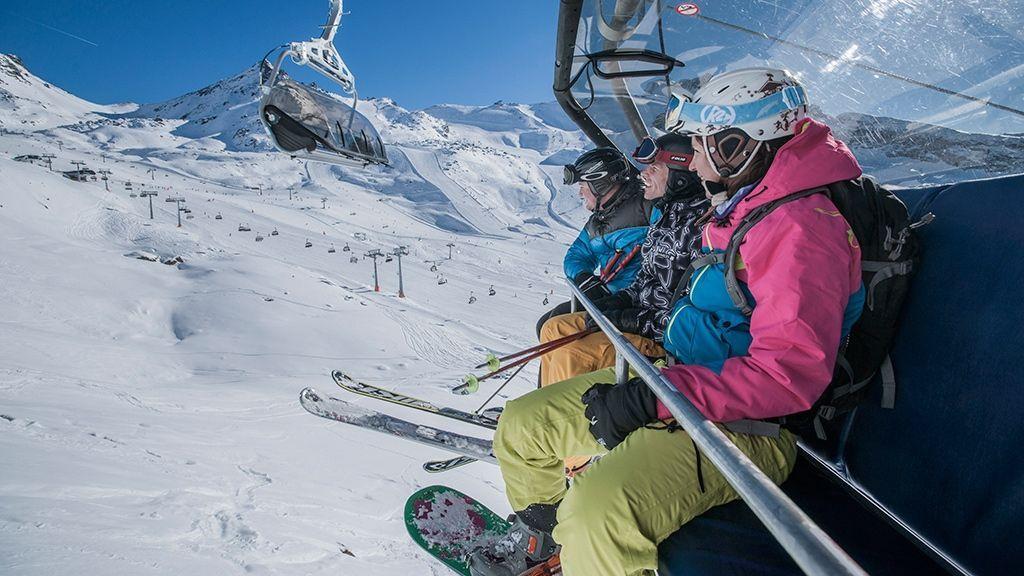 unvergessliche Skitage mit der ganzen Familie  - © Tourismusverband Paznaun – Ischgl