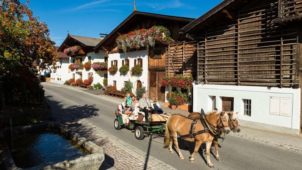 Kutschenfahrt in Mutters - Foto: Innsbruck Tourismus
