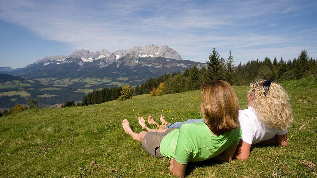 Entspannung auf der Almwiese - © by Martin Lugger