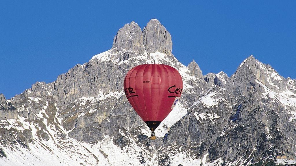 Ballonfahrt in Filzmoos - Bischofsmütze - Foto: Österreich Werbung / Herzberger