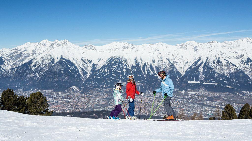 Skifahren am Patscherkofel - Foto: Innsbruck Tourismus - Innsbruck und seine Feriendoerfer Tirol