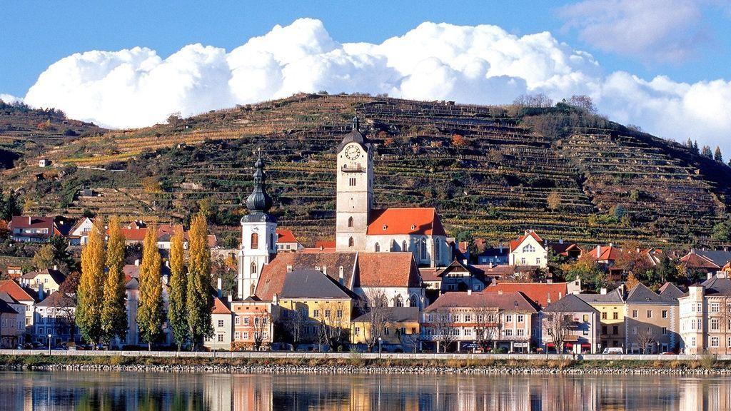 Stein - malerische Kulisse an der Donau © Stadt Krems/Gregor Semrad