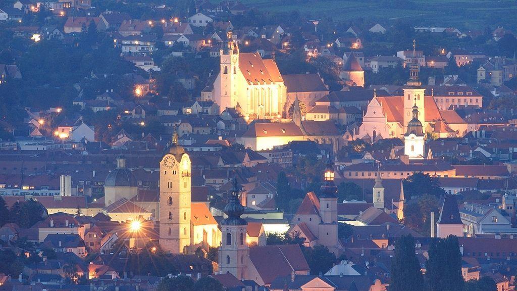 Krems und Stein - Foto: Krems Tourismus_ Fotograf Gregor Semrad