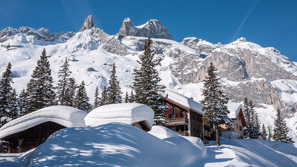 Lindauer Hütte mit Drei Türmen - © walser image/Vorarlberg Tourismus - Vorarlberg