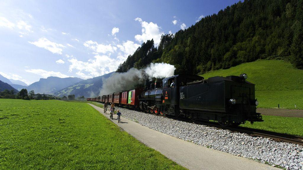 Radfahren im Zillertal - Foto: TVB Fügen / Kirchberger