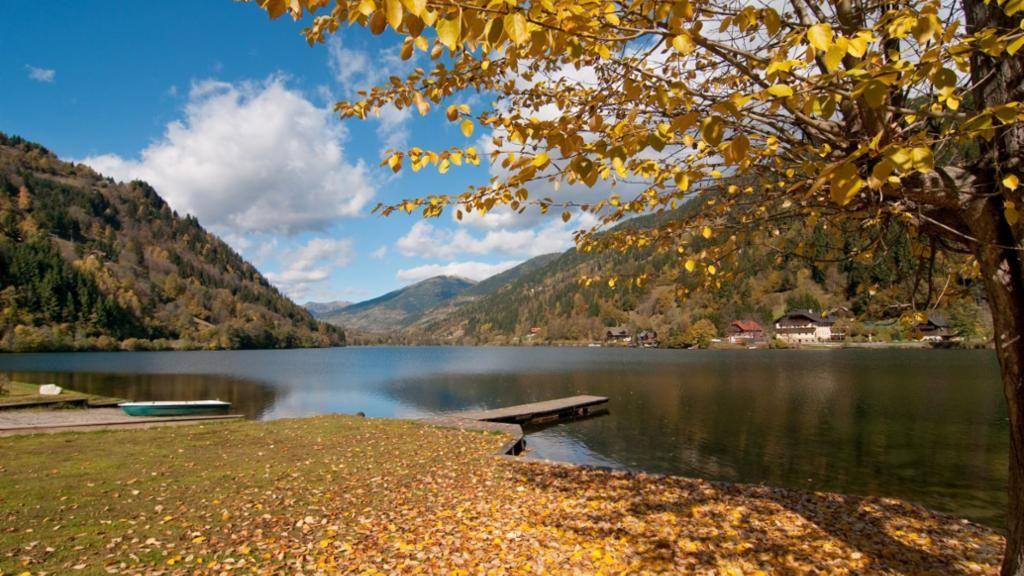 Herbststimmung am Afritzer See - Kaernten