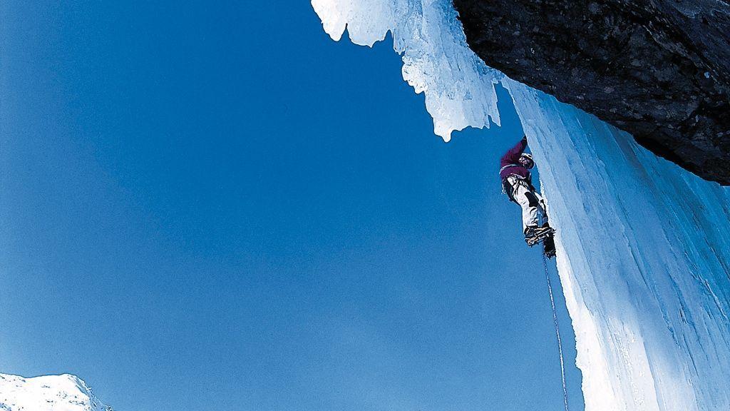 Eisklettern - © TVB Tiroler Oberland - Mathias Burtscher