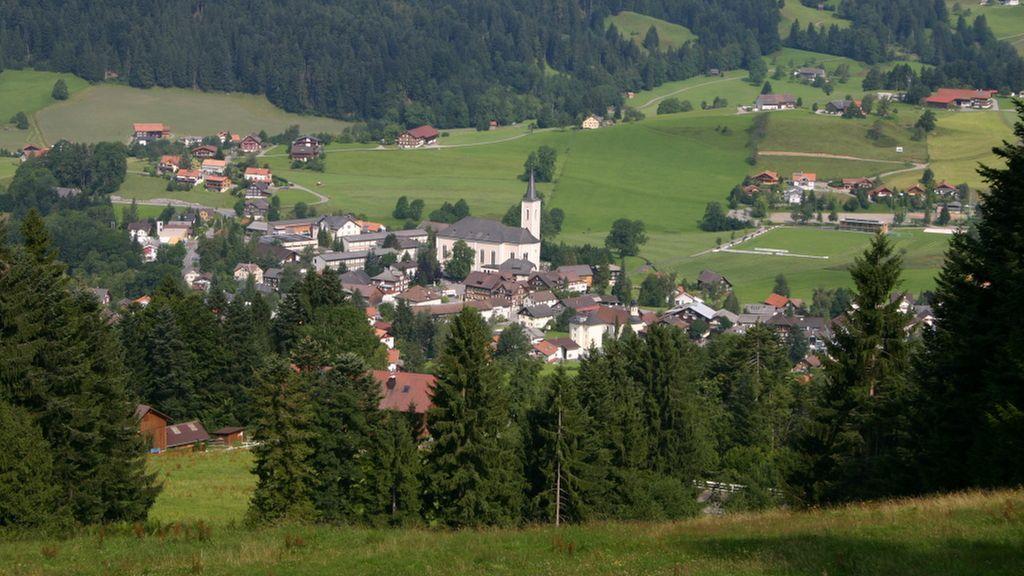Dorfansicht vom Brüggelekopf - Alberschwende Vorarlberg