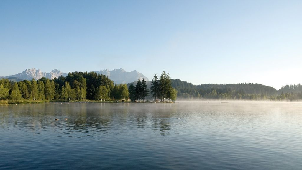 Morgendunst am Schwarzsee - © by Kurt Tropper