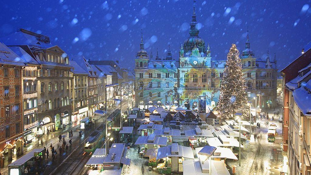 Rathaus-Projektion © Graz Tourismus - Harry Schiffer