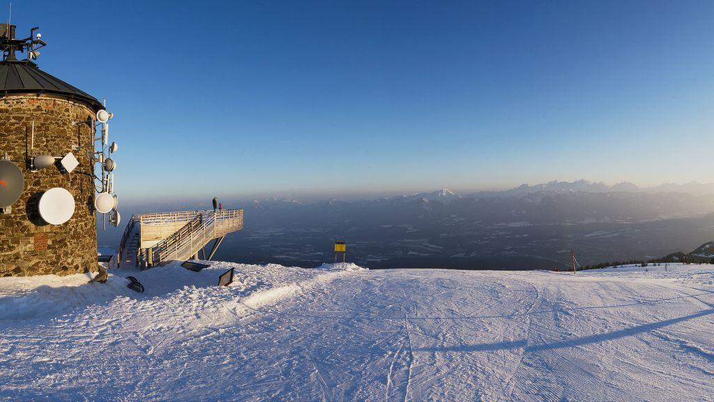Österreich Kärnten Winterurlaub Gerlitzen Alpe Ossiacher See - Region Villach - Faaker See - Ossiacher See Kaernten