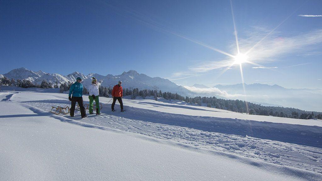 Rodeln mit Panoramablick - © Bernd Ritschel/Ötztal Tourismus - OEtztal Tirol