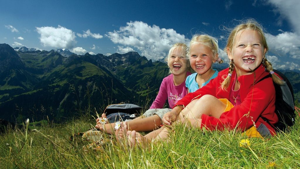 Kinder am Diedamskopf - Foto: Ludwig Berchtold / Vorarlberg Tourismus
