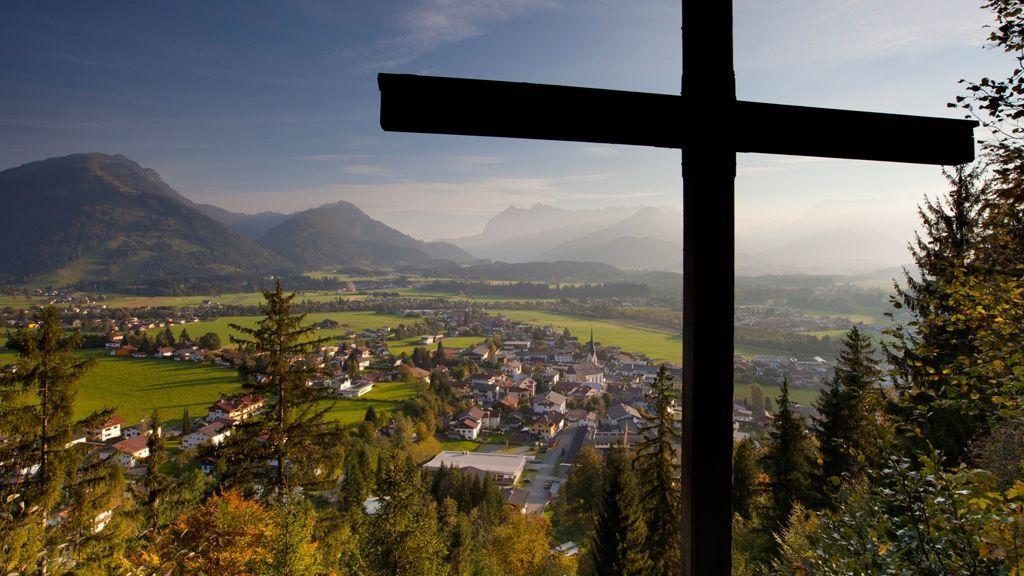 Blick auf Kössen/Schwendt  - Foto: Tourismusverband Kaiserwinkl