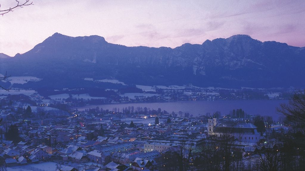 Mondsee im Winter - Foto: Österreich Werbung / Weinhäupl