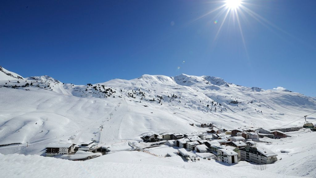 Zuers am Arlberg Ort - by Sepp Mallaun (c) LZTG