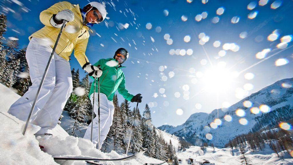 (c) Ikarus / Salzburger Sportwelt - Die Salzburger Sportwelt ist Teil von Ski amadé, Österreichs größtem Skivergnügen. Somit stehen dir in deinem Winterurlaub 760 schneesichere Pistenkilometer und 270 top-moderne Liftanlagen zur Verfügung.