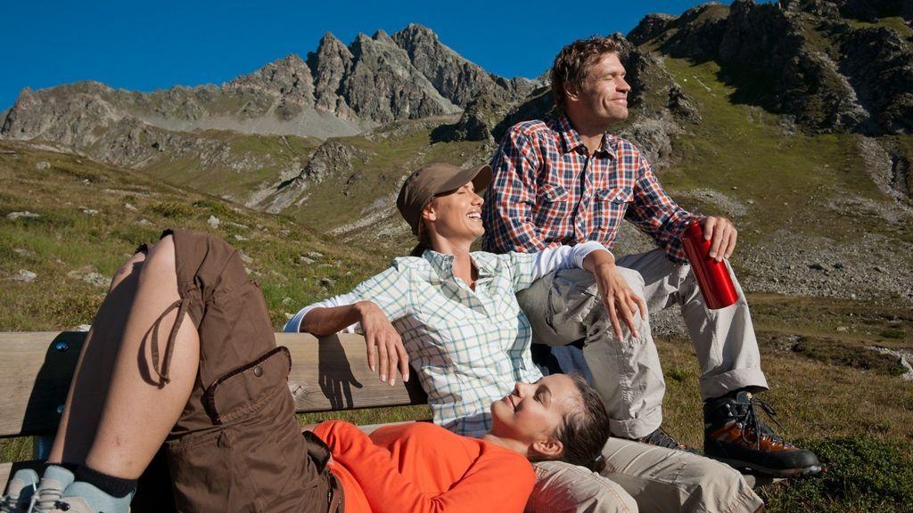 die Aussicht und Ruhe genießen © Tourismusverband Paznaun – Ischgl