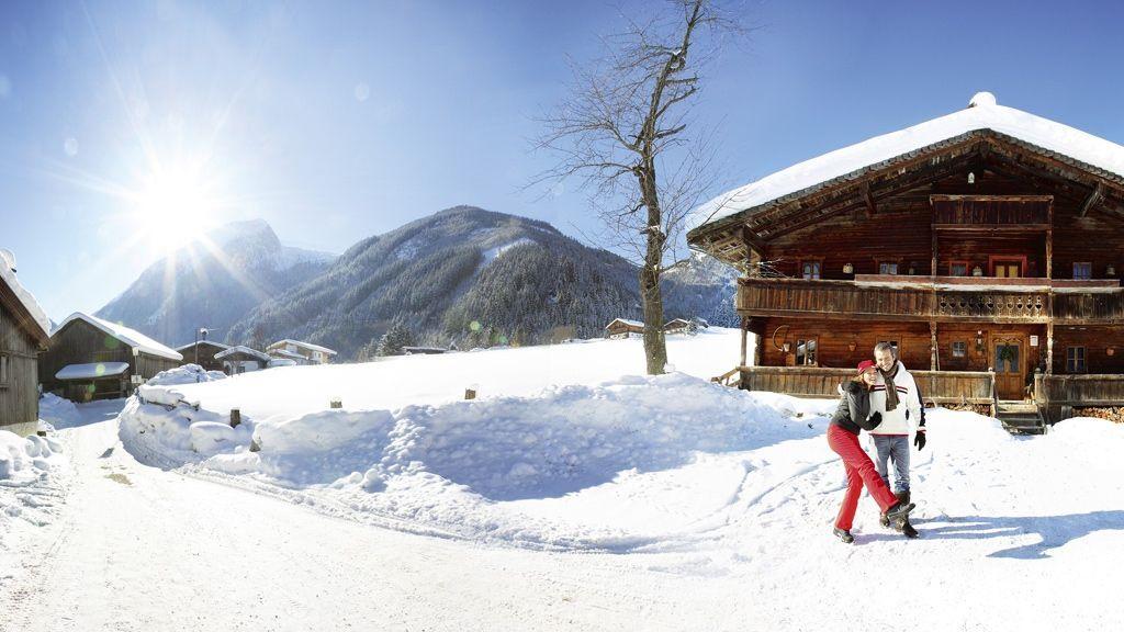 Winterspaziergang durch Gerlos - Foto: Zillertal Arena