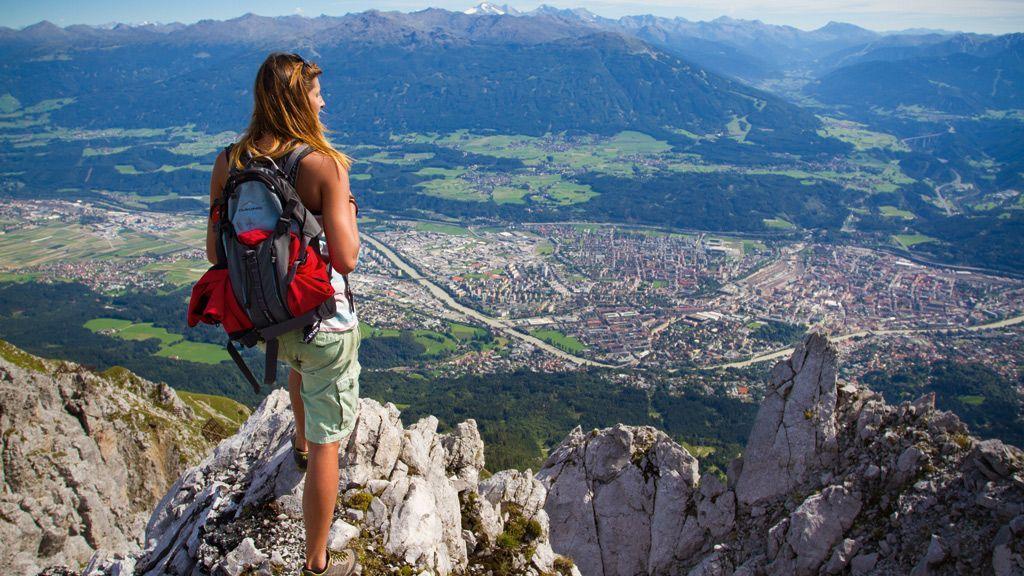 Blick von der Nordkette auf Innsbruck - Foto: Innsbruck Tourismus