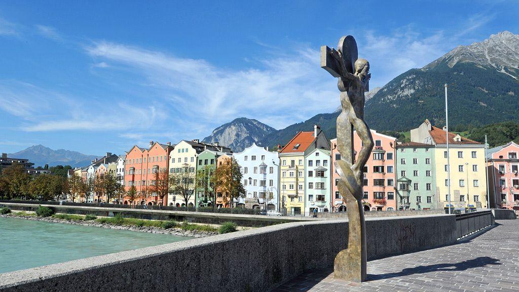 Blick von der Innbrücke auf Mariahilf - Foto: Innsbruck Tourismus