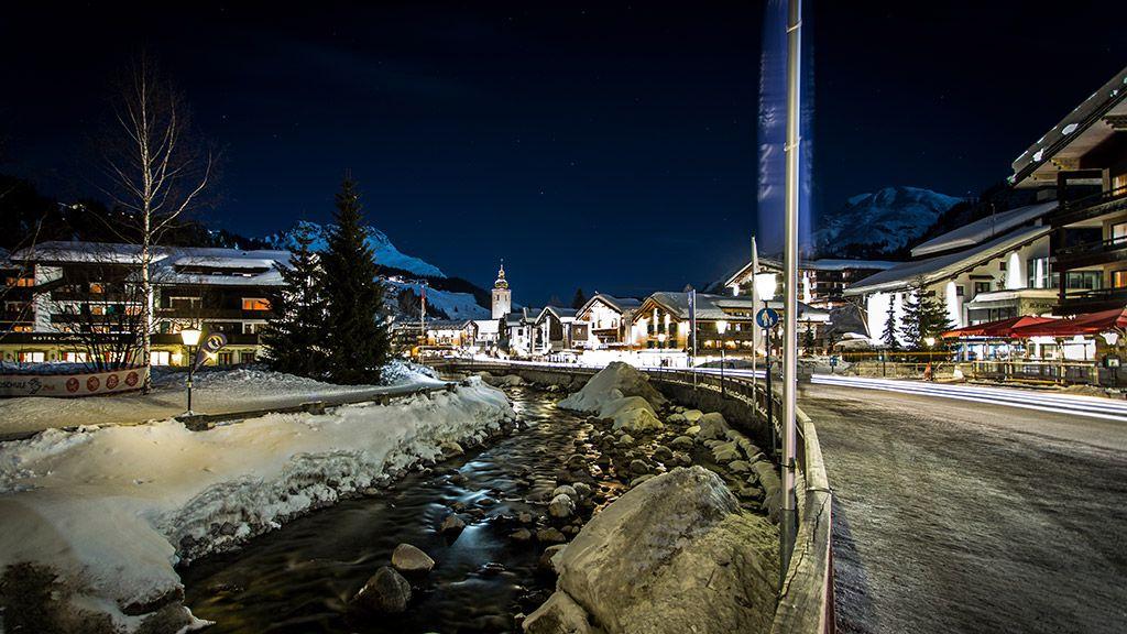 Ortszentrum bei Nacht - © Lech Zürs Tourismus/Christoph Schoech - Lech am Arlberg Vorarlberg