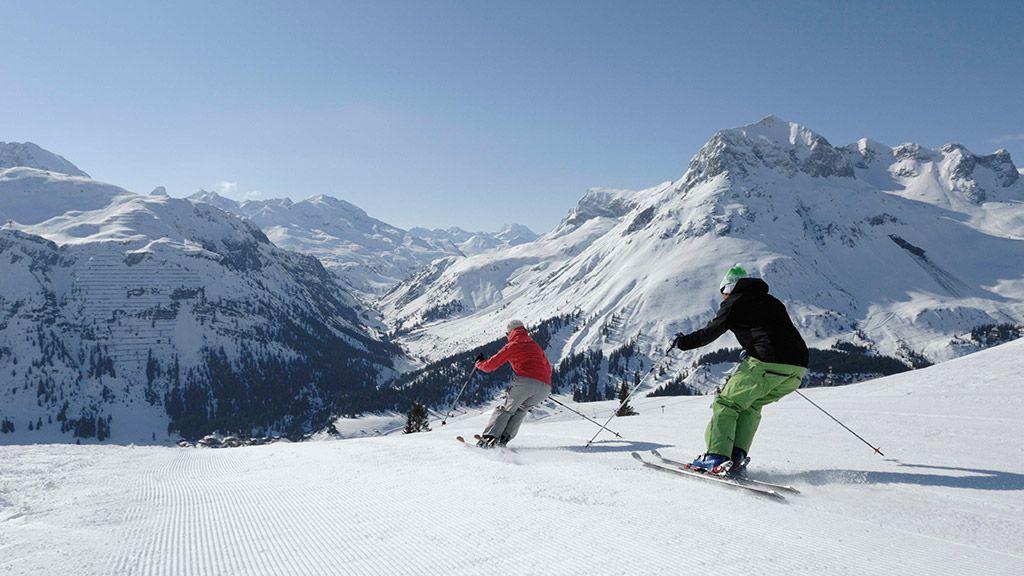 Skifahrer - © Lech Zürs Tourismus/Sepp Mallaun - Lech am Arlberg Vorarlberg