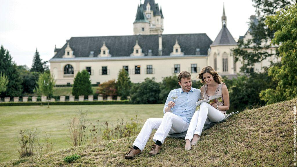 Schloss Grafenegg - Tullner Donauraum Niederoesterreich
