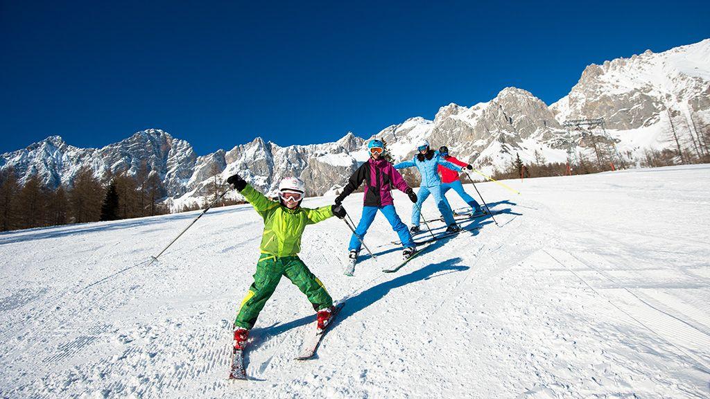 Skifahren mit der ganzen Familie - © Ski amadé - Ski Amade Altenmarkt-Zauchensee