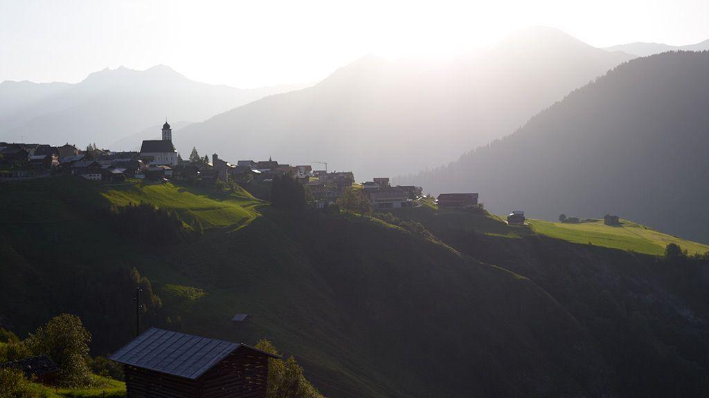Lumbrein im Val Lumnezia - © Graubünden Ferien/Stefan Schlumpf