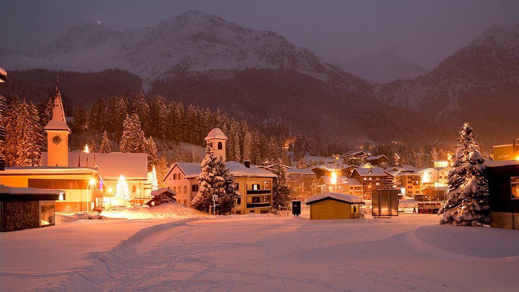 Lenzerheide bei Nacht - © Graubünden Ferien