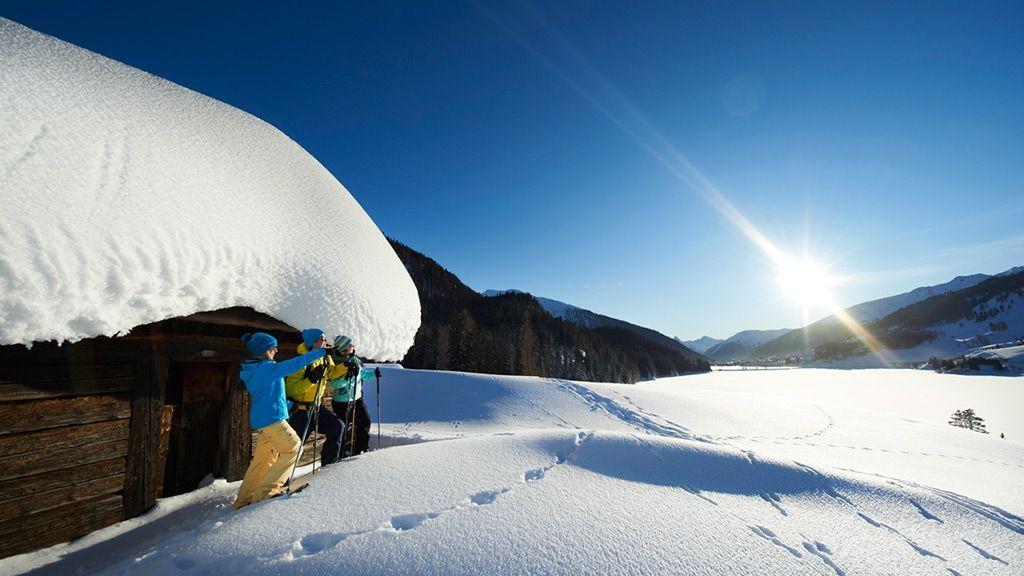 Schneeschuhwandern in Davos - © Destination Davos Klosters