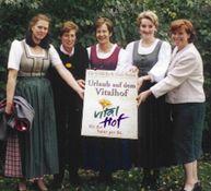 Vitalhofbäuerinnen - TIROLER VITALHOEFE Urlaub am Vitalbauernhof Tirol