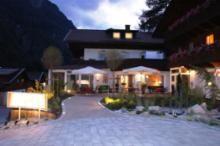 """Berghotel """"HOIS""""    Zimmer und Ferienwohnungen"""
