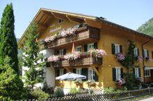 Haus Alpenland, Familie Berbig