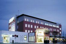 Autobahnraststätte-Restaurant-Hotel Servus Europa