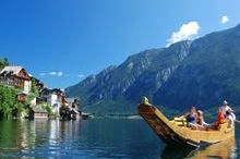 Flatboating on lake Hallstatt