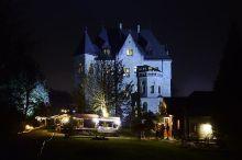 Märchenhafter Adventmarkt im Schloss Cumberland