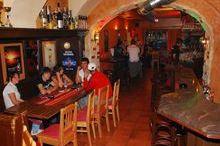Latino - Bar
