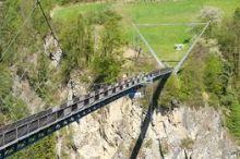 Benni Raich Brücke - Fußgängerhängebrücke